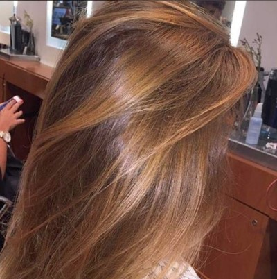 balayage caramel se faire des m ches caramel pour ch tains et brunes. Black Bedroom Furniture Sets. Home Design Ideas