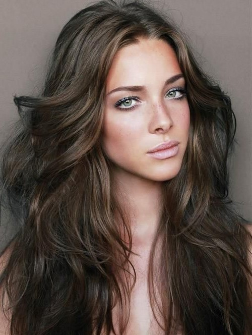 Couleur de cheveux marron coloration caramel broux - Differente couleur de gris ...