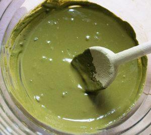 Mélange à la poudre de henné pâte verte