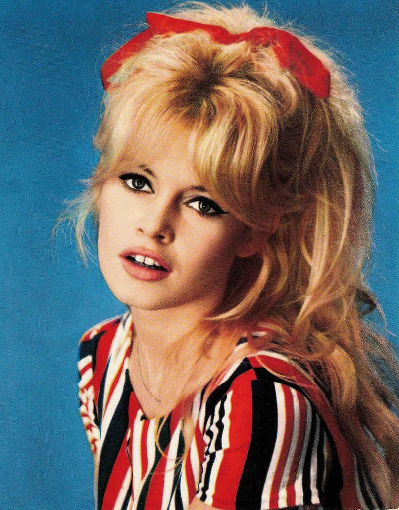 Le blond Brigitte Bardot, nos conseils coiffure et coloration !   Ma ... 36ca781c6fd