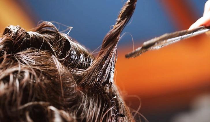cheveux décolorés abimés