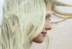 Cheveux qui virent au vert