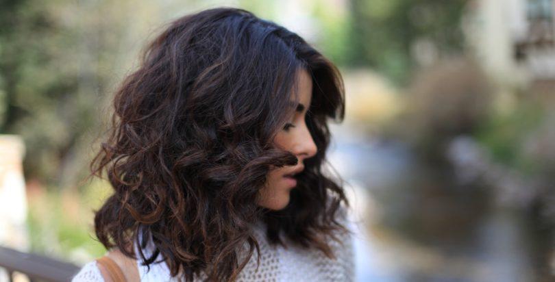 Soin cheveux frisés