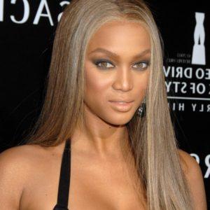 Blond cendré Naomie Campbell