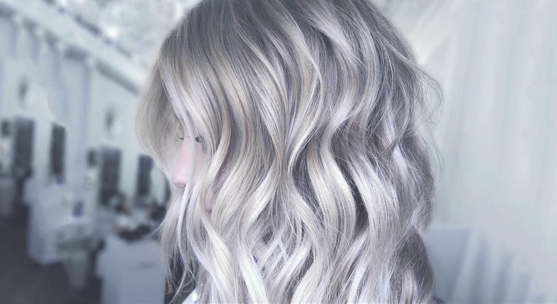 les cheveux gris