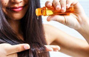 comment dégraisser les cheveux plein d'huile