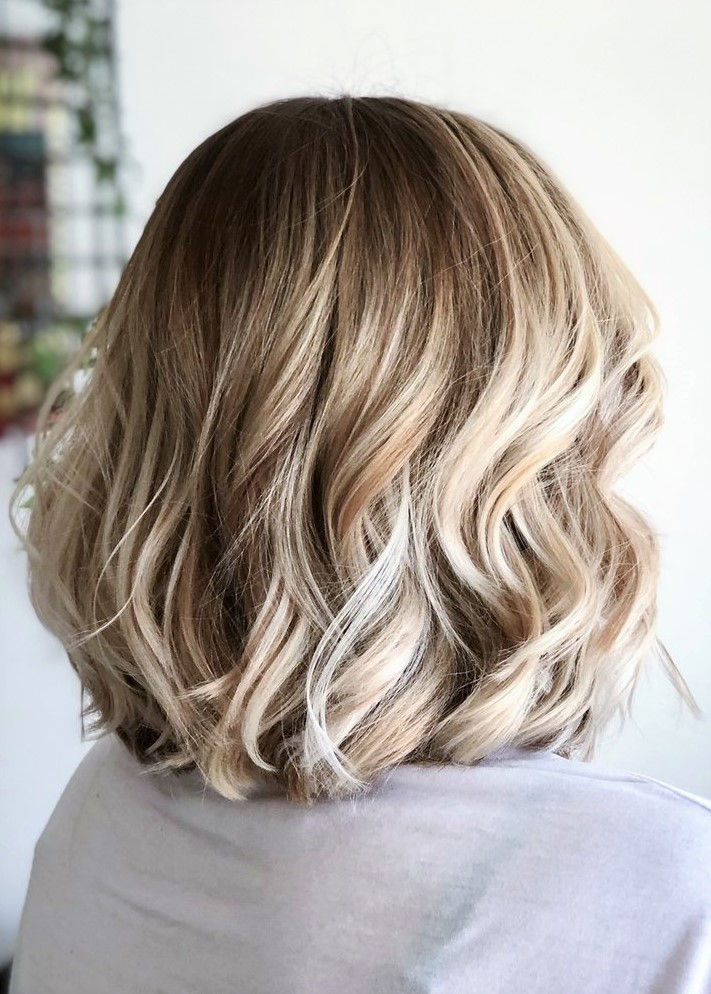 balayage cheveux court chatain clair